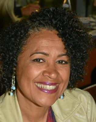 Mônica Leila Portela Santana