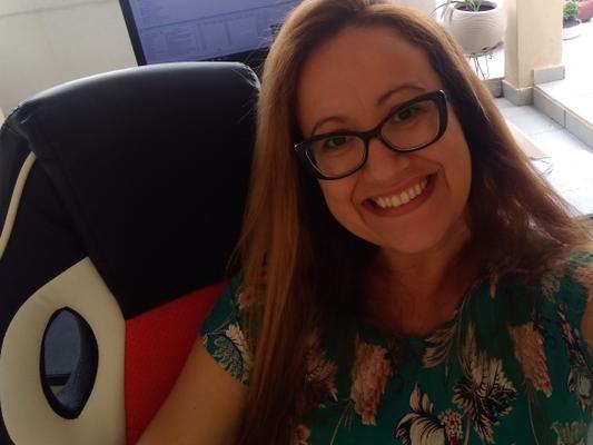 Adriana Letícia Reis