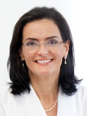 Lilian M Lopes