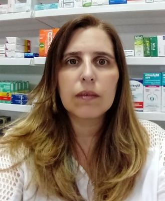 Fábia Roberta Alcântara Silva Lopes
