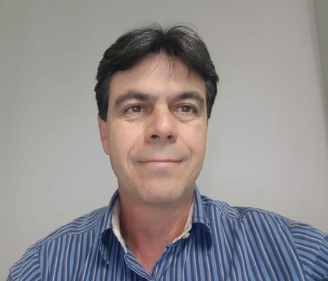 Valmir Zuffo, Mestre