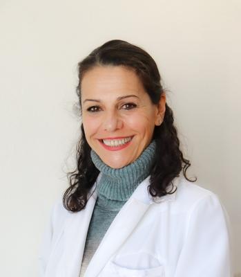 Dra. Flávia Gomes Martinez