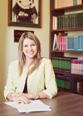 Gina  Muniz