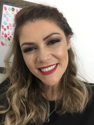 Maíra de Lourdes Rezende