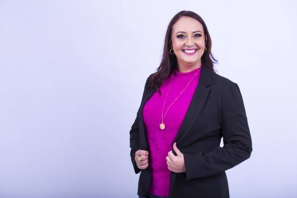 Vanessa Cristina Alvarenga