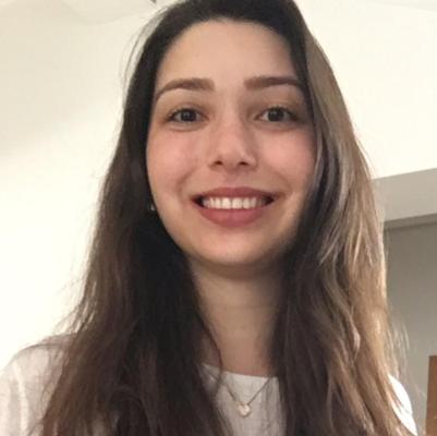 Letícia Tromboni Galvão Moreira