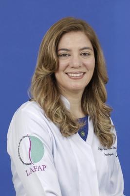 Dra. Cristine Homsi