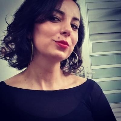 Polyanna Claudia Oliveira