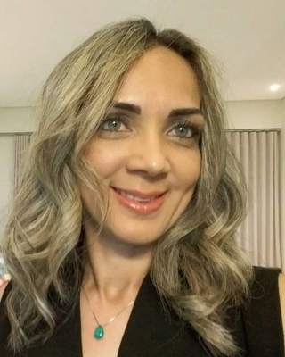 Profa. Dra. Giselle Nobre Costa (UNOPAR)