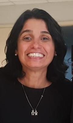Dra. Carla Holandino