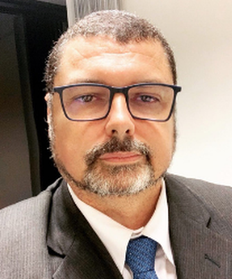 Dr. Augusto Vianna Lopes