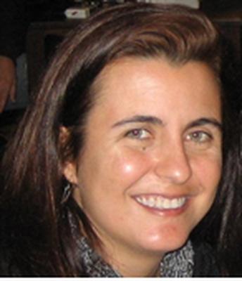 Claudia Regina dos Santos
