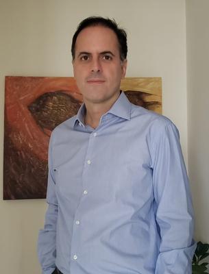 Prof. Dr. Carlos Pires