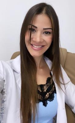 Juliana Paula Andrade dos Santos de Paiva