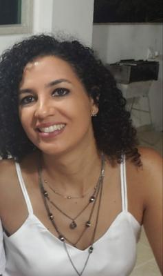 Profa. Me. Andréia de Paula Viana