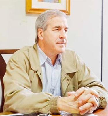 Dr. Humberto Portugal
