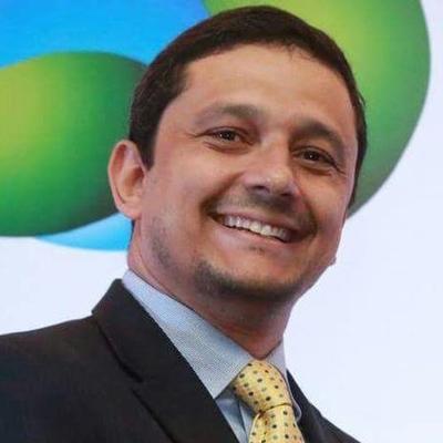 DR. JOSÉ GUSTAVO SAMPAIO GONTIJO