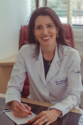 Valéria Leal Mathias Castro
