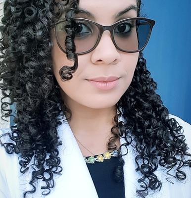 Késia Oliveira dos Santos Periard