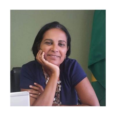 Albaneide Maria Lima Peixinho