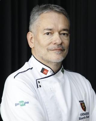 Ricardo Elesbão Alves, Doutor