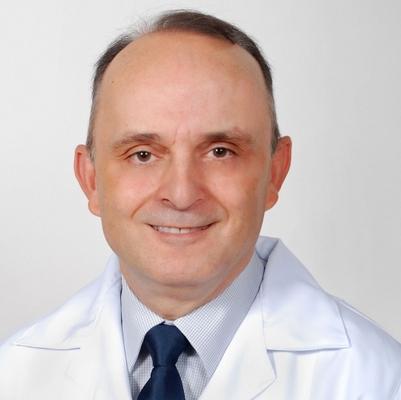 Dr. Clayton Dornelles Macedo