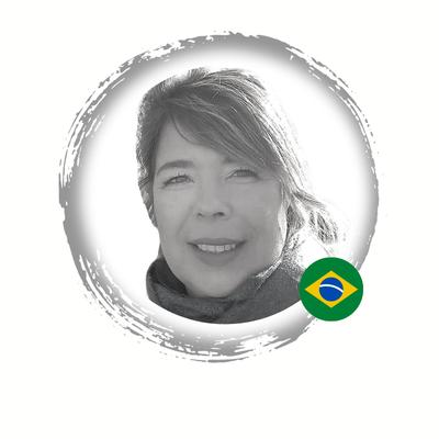 Profa. Dra. Adriana Bastos