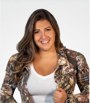Ana Karina Lacerda Costa