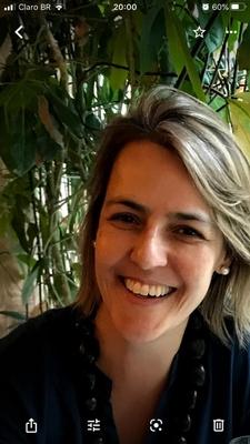 Fabiana Schneider Pires