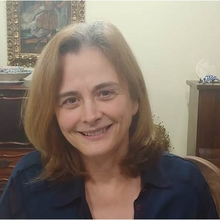 Dra. Silvana Maria Elói Santos