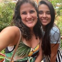 Solange Naegele e Camila Dalvi