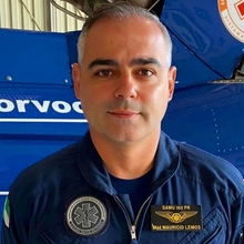 Dr. Maurício Lemos