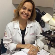 Dra. Juliana Arôxa