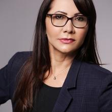 Iza Amélia de Castro Albuquerque