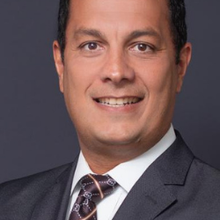 Dr. Renato Porto