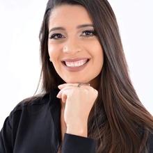 Carolina Louise Nascimento de Santana