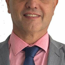 Dr. Jarbas Valente
