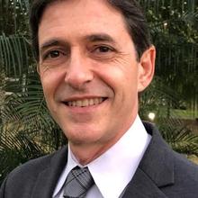 Antônio Carlos Valezi
