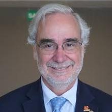 Dr. José Francisco Kerr Saraiva