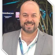Dr. Victor Hugo Ribeiro