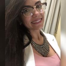 Isabela Peres Carvalho
