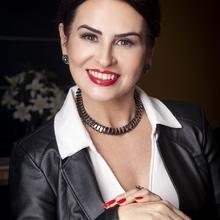 Mara Lauxen