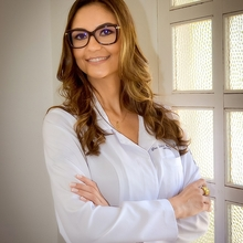 Letícia Mendes Leães