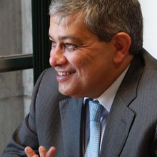Dr. Marcus Pestana