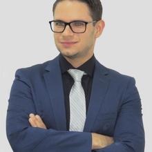 Dr. Thiago Ferreira