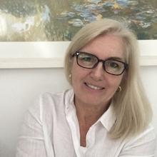 Deborah Regina Lambach Ferreira da Costa