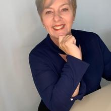 Angela W. Lima