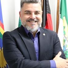 Dr. Silano Barros (PE)