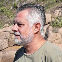 Luis Alejandro Vinatea Arana