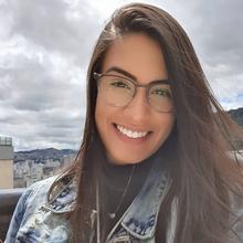 Ana Carolina Perota Tavares